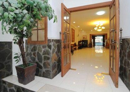 Sky Inn Permata Hijau 1 Jakarta Pintu Masuk