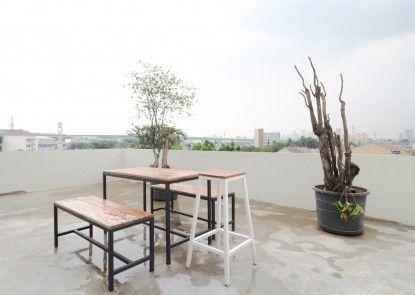Sky Residence Syariah Petukangan 1 Jakarta Teras