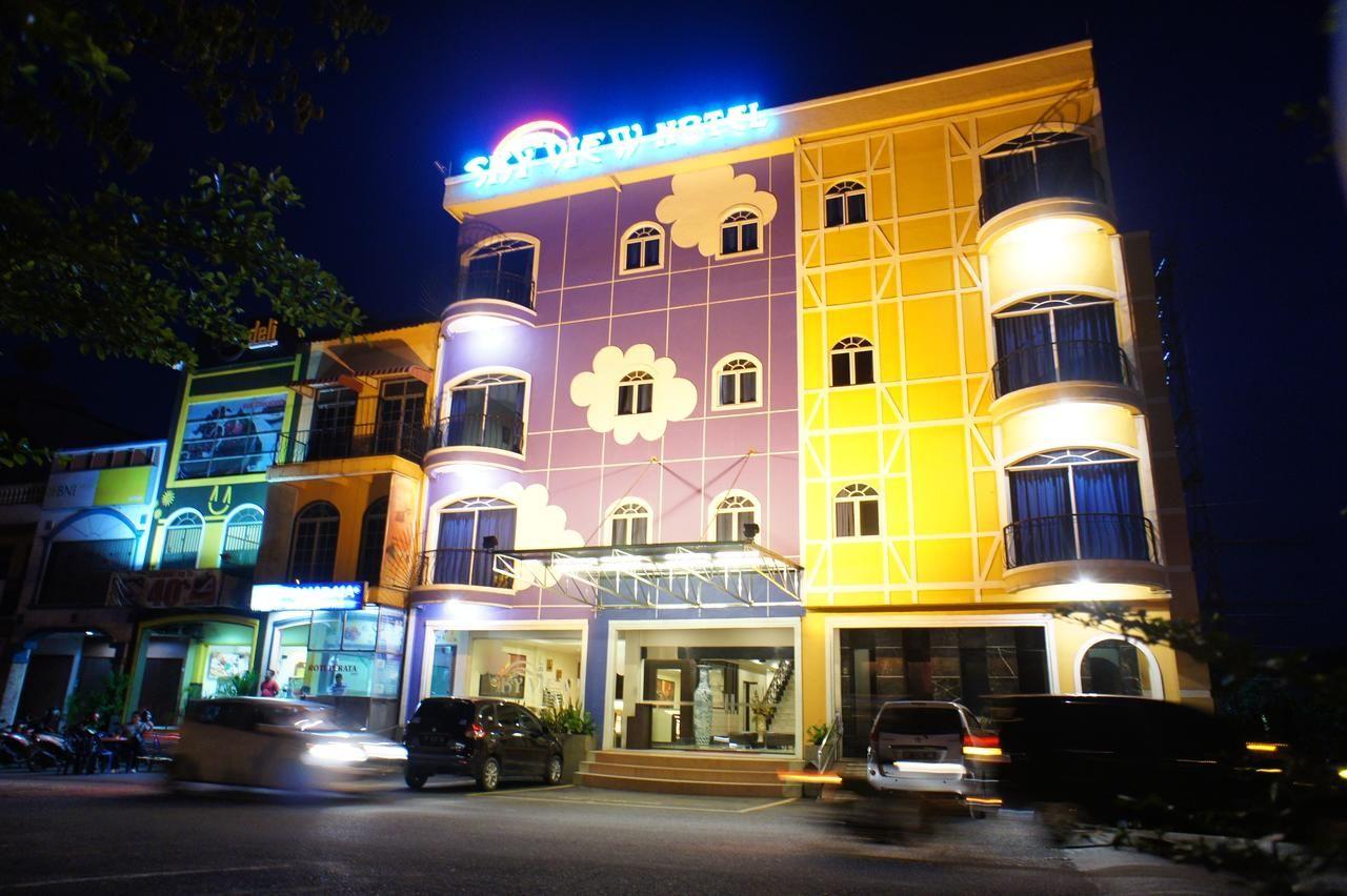 Sky View Hotel (Managed by Orange Sky), Batam