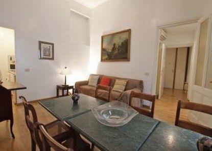 Sleep in Italy - Navona Apartments