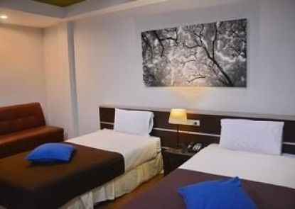 Sleep Tight Hotel