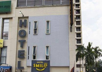 Smile Hotel Cheras Cityview
