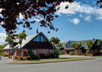 Snow Denn Lodge - Hostel