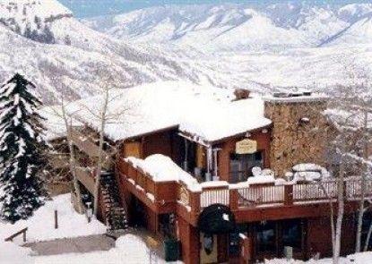 Snowmass Inn Teras