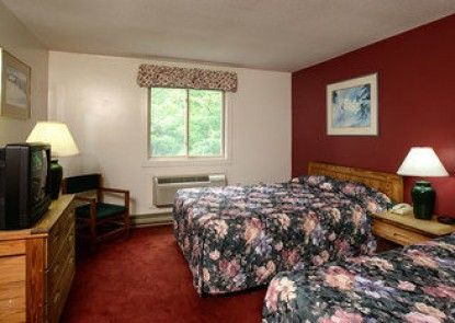 Snowy Owl Inn And Resort