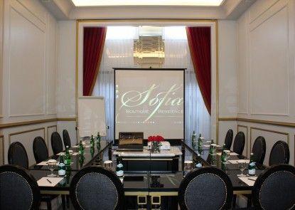 Sofia Boutique Residence Ruangan Meeting