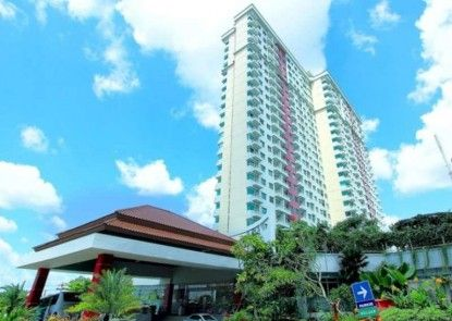 Solo Paragon Hotel and Residences Teras