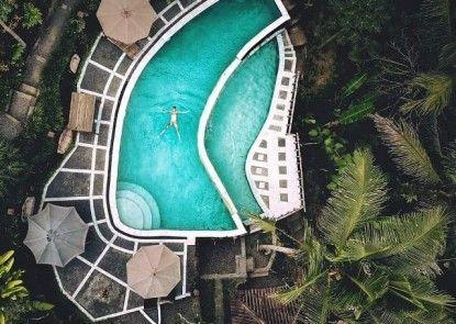 Song Broek Jungle Resort Kolam Renang