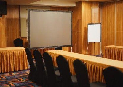 Sotis Residence Pejompongan Ruangan Meeting