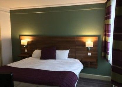 South Milford Hotel