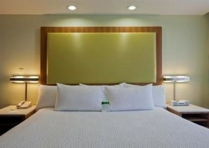 SpringHill Suites by Marriott Lansing West