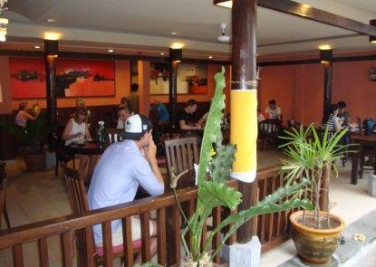 Sri Bungalows Ubud Rumah Makan