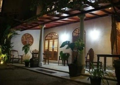 Srimali\'s Residence