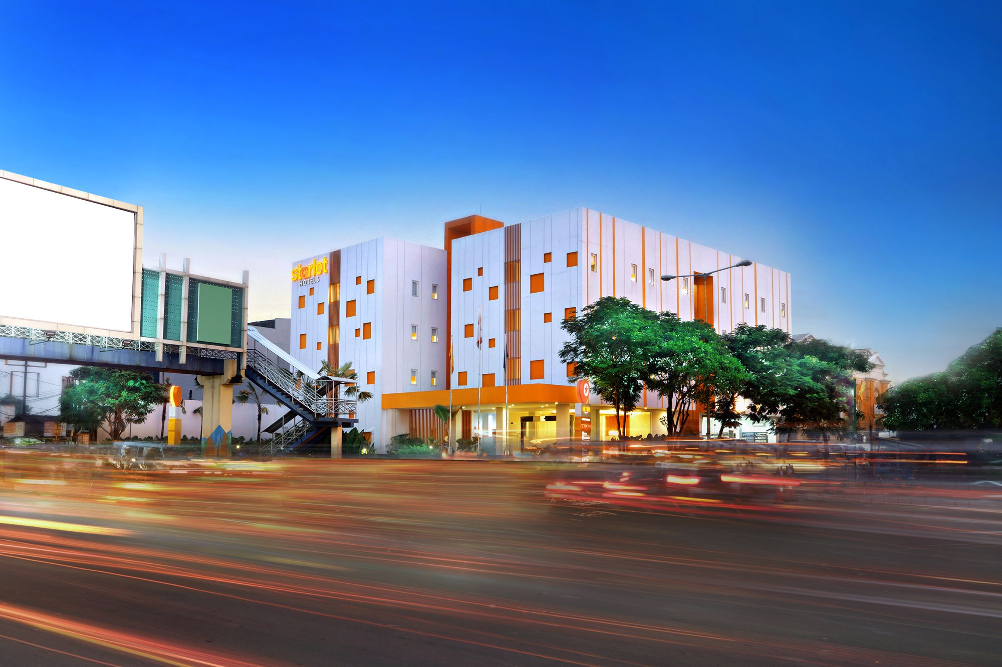 Starlet Hotel Serpong, Tangerang
