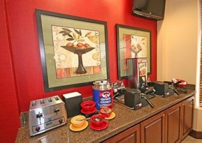 Staybridge Suites Columbia Teras