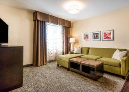 Staybridge Suites Eau Claire - Altoona