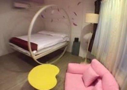 Stay In Bed Hostel