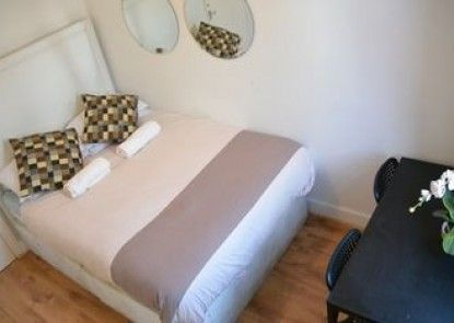 Stay In Vauxhall Guesthouse