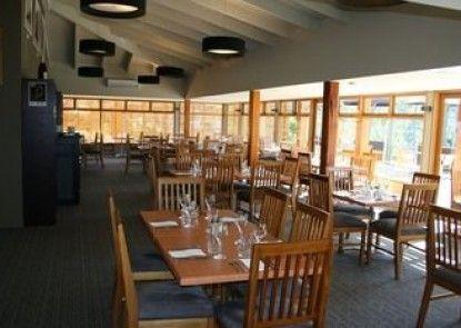 Stewarts Bay Lodge