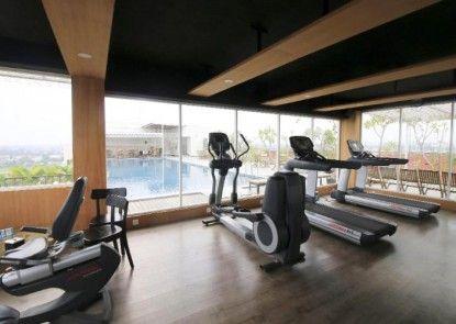 Student Park Hotel Apartment Yogyakarta Ruangan Fitness