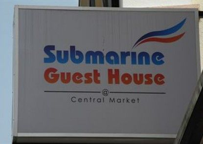 Submarine Guest House @ Central Market
