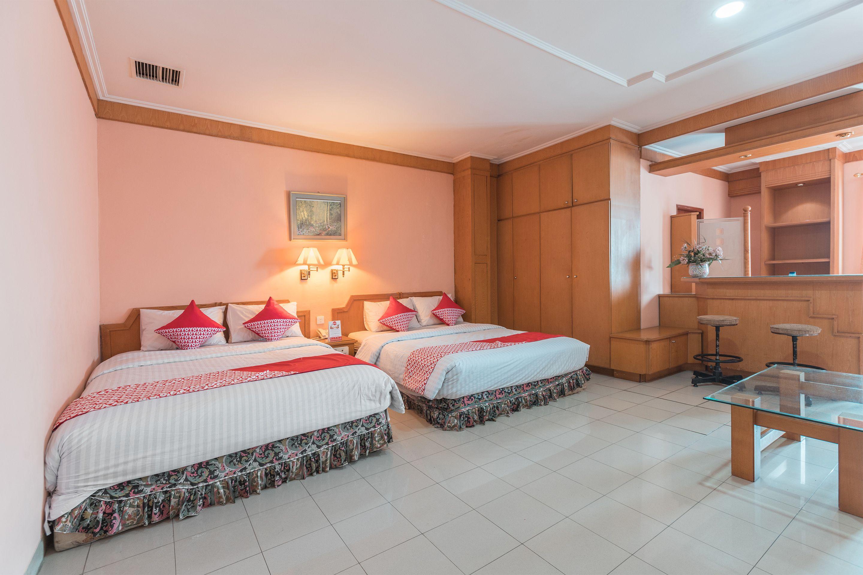 OYO 671 Hotel Capitol, Jakarta Barat
