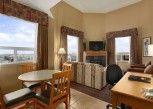Pesan Kamar Suite, 1 Tempat Tidur Queen, Non-smoking di Days Inn and Suites - West Edmonton