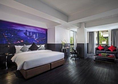 Galleria 12 Sukhumvit Bangkok Hotel by Compass Hospitality Kamar Tamu