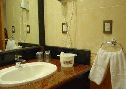 Suites Inn La Muralla Metepec