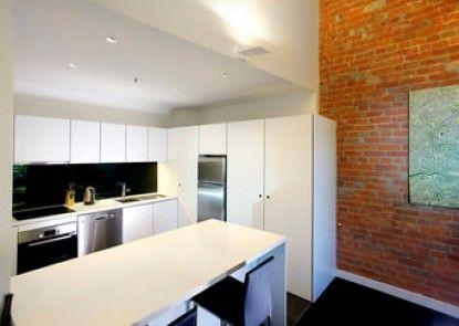 Sullivans Cove Apartments