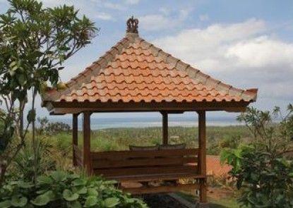 Sumberkima Hill Private Villa Retreat Teras