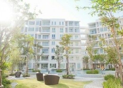 Summer 708 by Huahin Holiday Condo