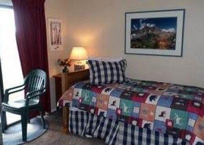 Summit at Granby Resort by RMG