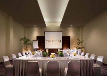 Sun Island Hotel & Spa Kuta Ruangan Meeting