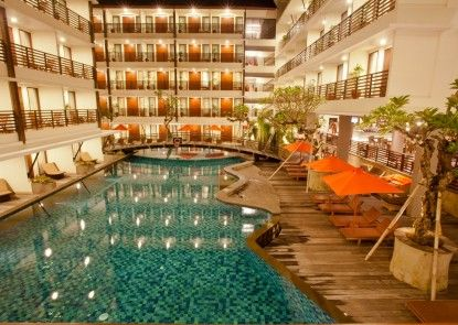 Sun Island Hotel & Spa Kuta Kolam Renang