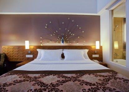 Sun Island Hotel & Spa Kuta Kamar Tamu