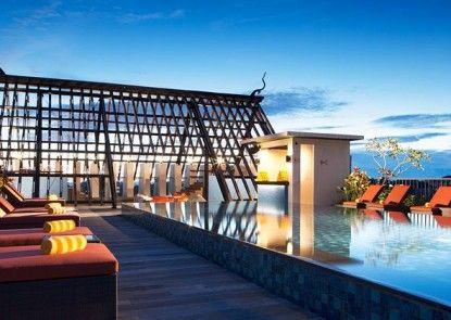 Sun Island Hotel & Spa Legian Kolam Renang