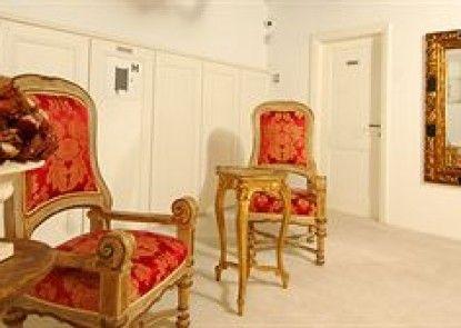 SUNce Palace Apartments