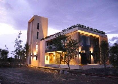 Sun Lok Live Green Building