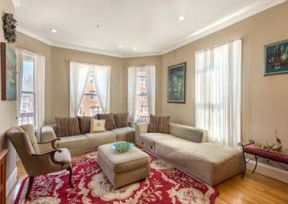 Sunny Hill Garden Suites