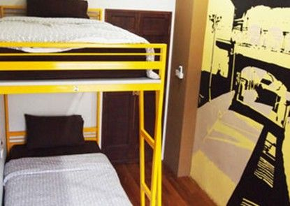 Sunny Hostel Phuket