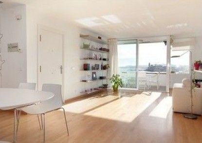 Sunny View Apartment