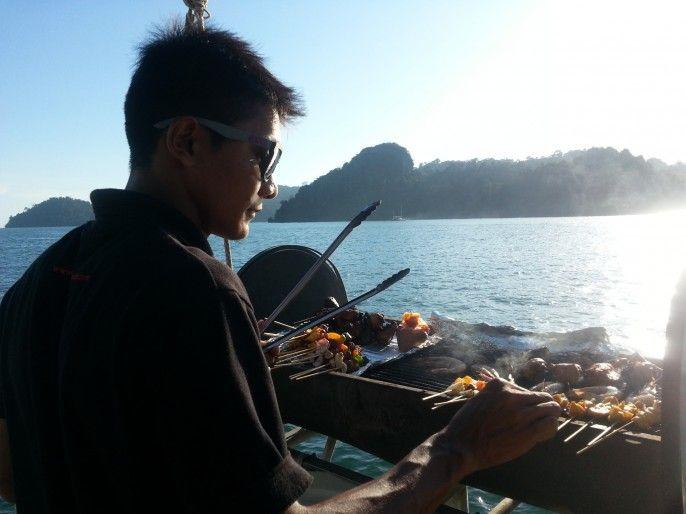 Sunset Dinner Cruise with BBQ Dinner & Open Bar in Langkawi