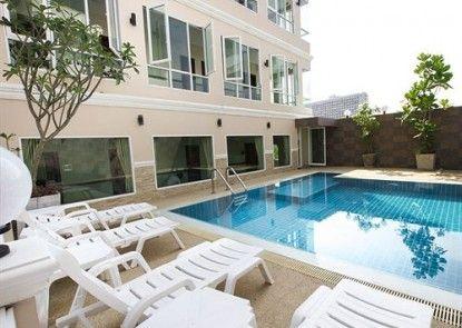 Sun Sky Resort
