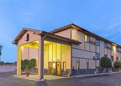 Super 8 - Colorado Springs/Highway 24 East/PAFB Area