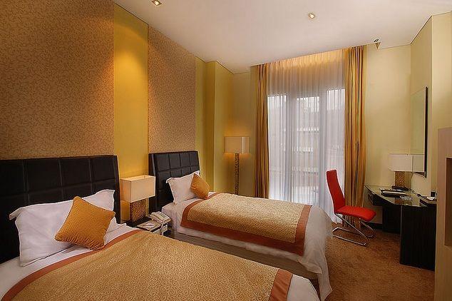 Golden Flower Hotel, Bandung