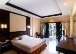 Pesan Kamar Superior Room Only di Champlung Mas Hotel