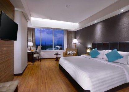 The Alana Hotel & Convention Center - Solo Kamar Tamu