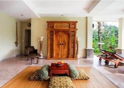 Surya Shanti Villa Teras
