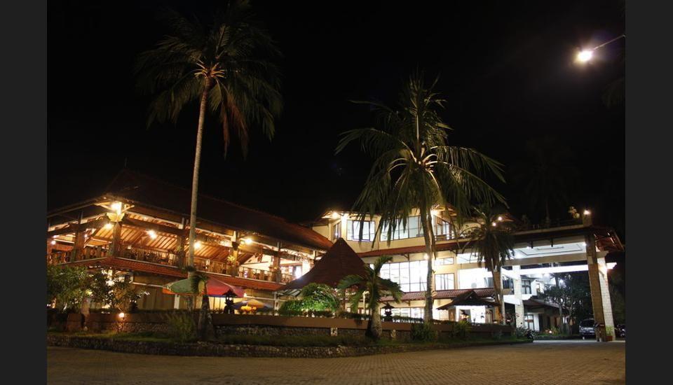 Surya Transera Beach Hotel Pangandaran, Pangandaran